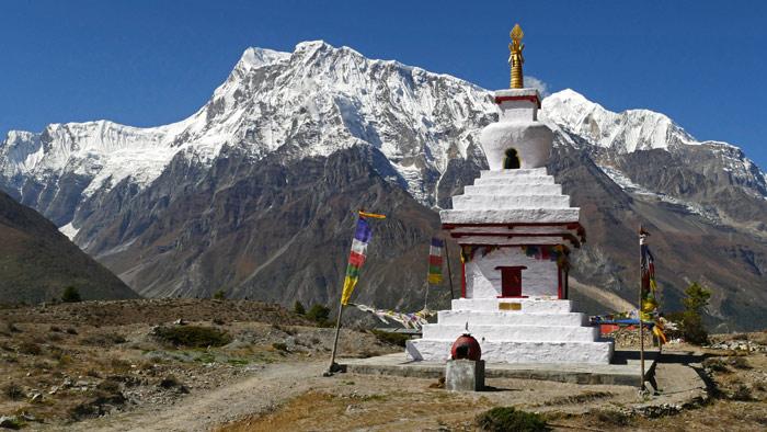 Tibetischer Chörten am Annapurna Trail