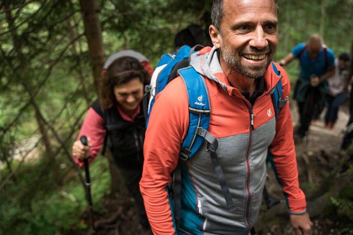 Umweltminister Thorsten Glauber hatte sichtlich Spaß an der Wanderung.