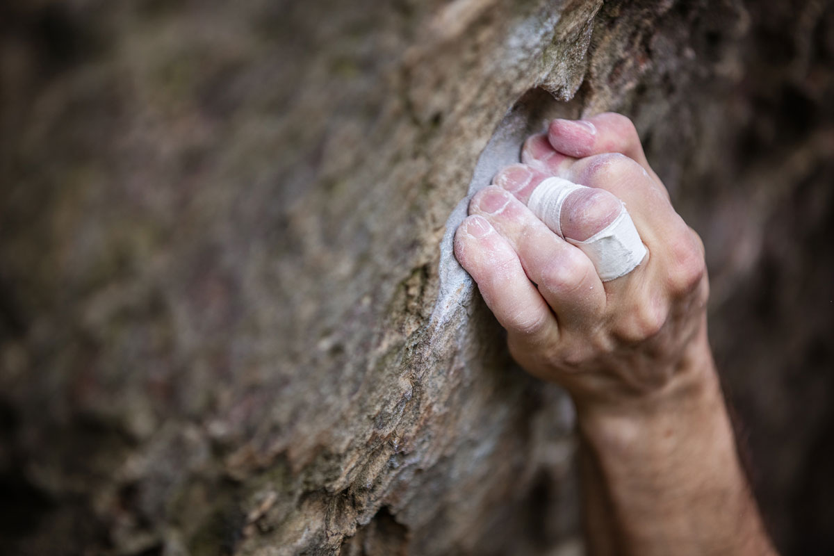 Finger beim Klettern