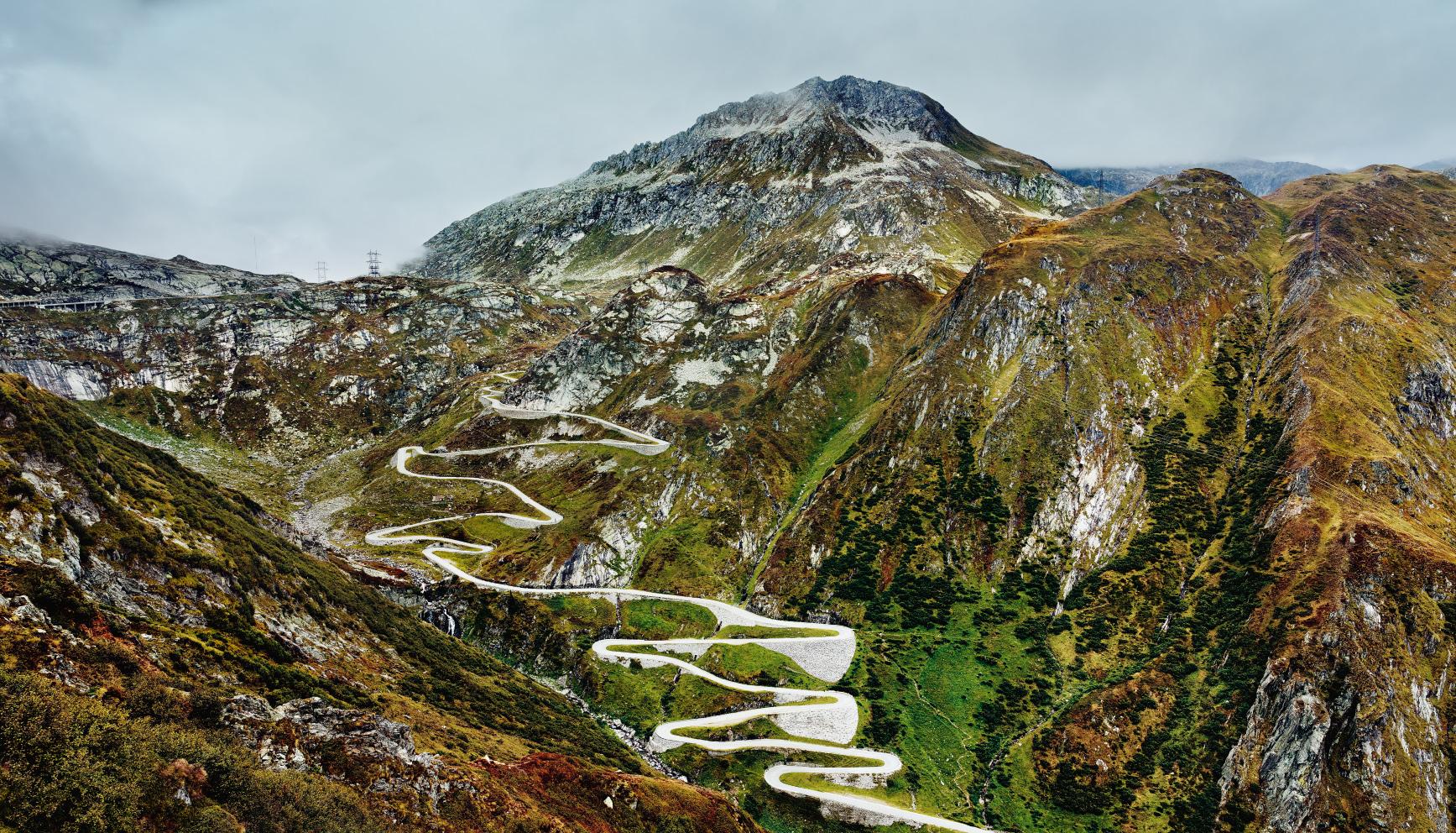 Legendär: die 24 Haarnadelkurven an der Südrampe des Gotthardpasses im Val Tremola, dem »Tal des Zitterns«