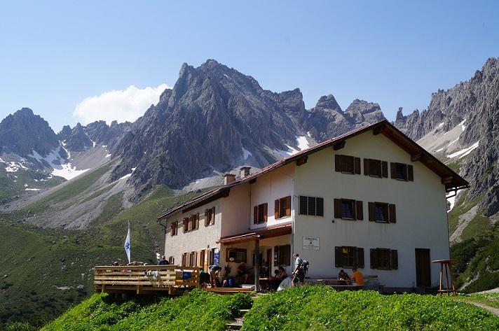 Die Steinseehütte in den Lechtaler Alpen