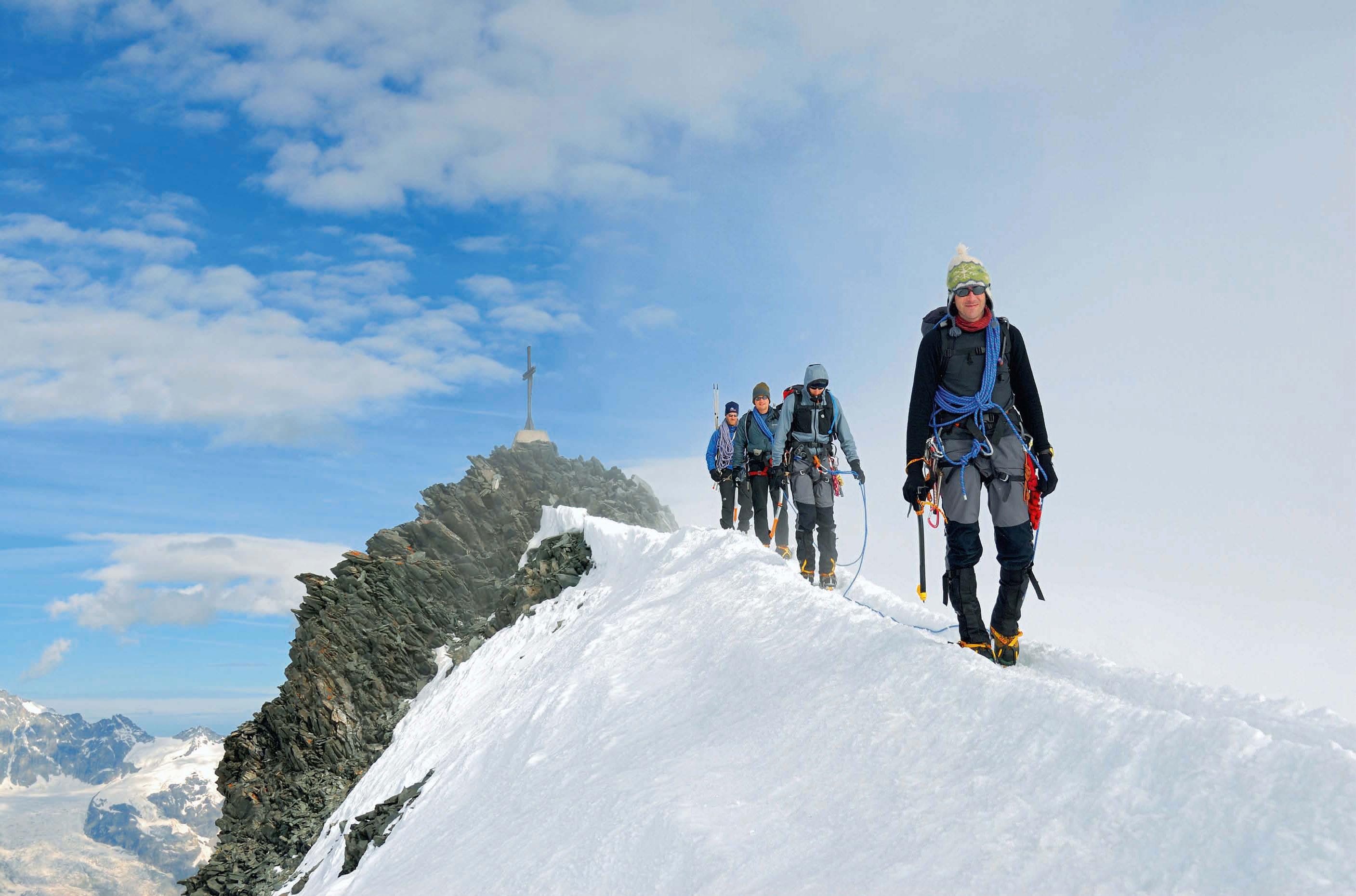 Klettergurt Für Gletscher : Walliser 4000er für hochtouren einsteiger bergsteiger magazin