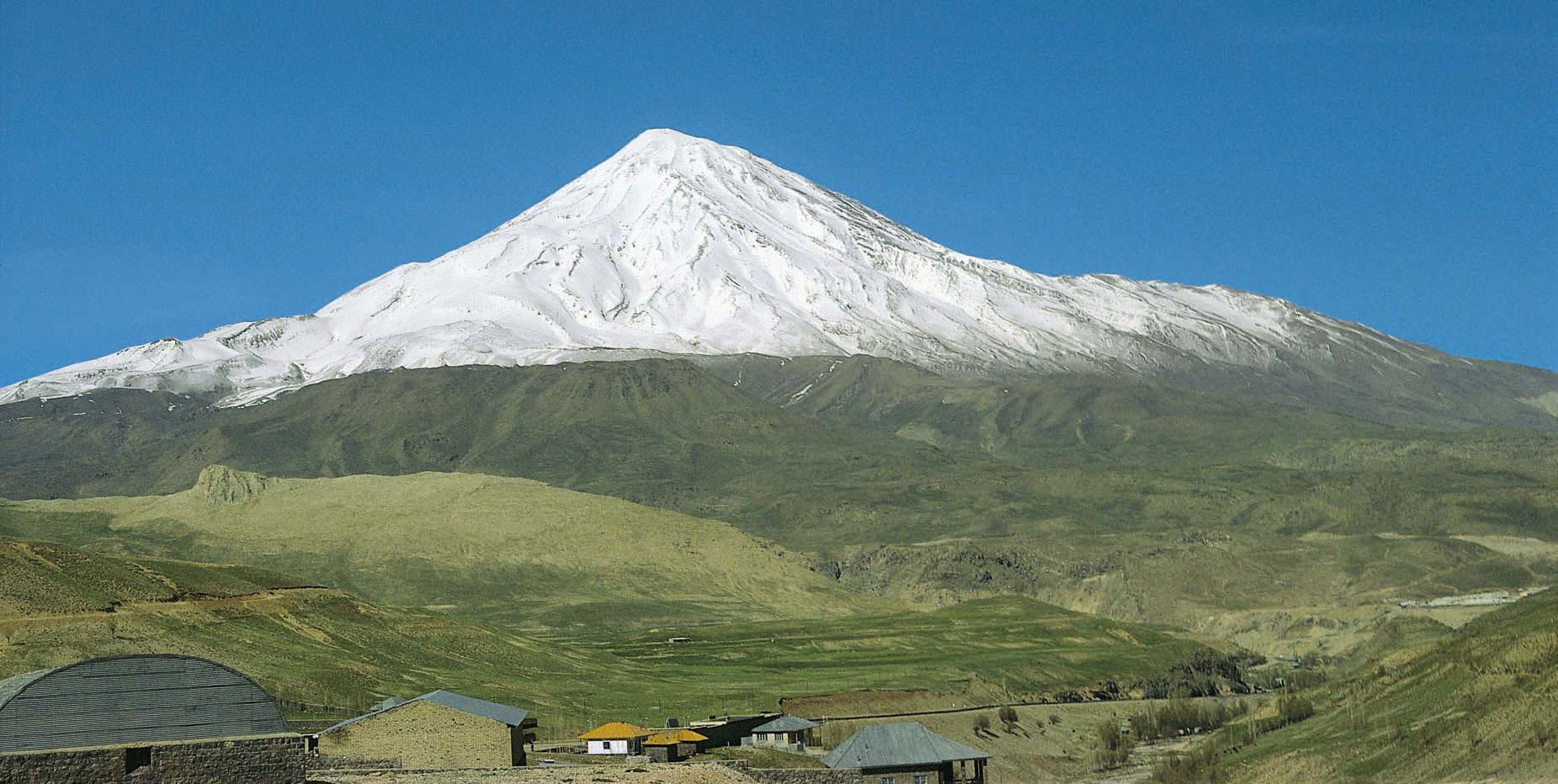 Skitourenberge weltweit - Demavand im Iran
