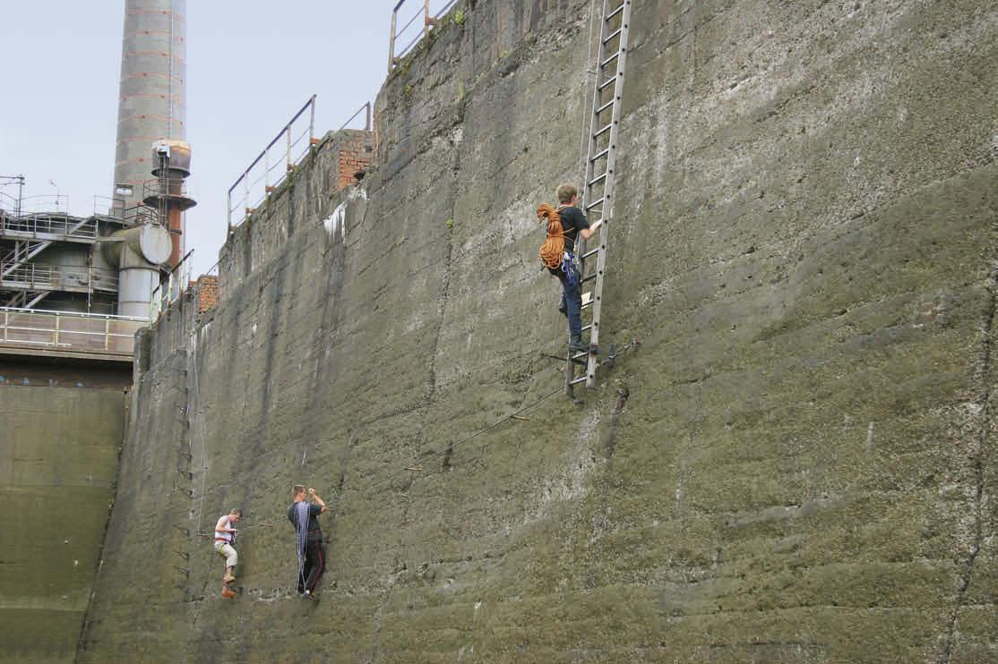 Klettersteig Duisburg : Vorbereiten für die zugspitze am klettersteig in duisburg