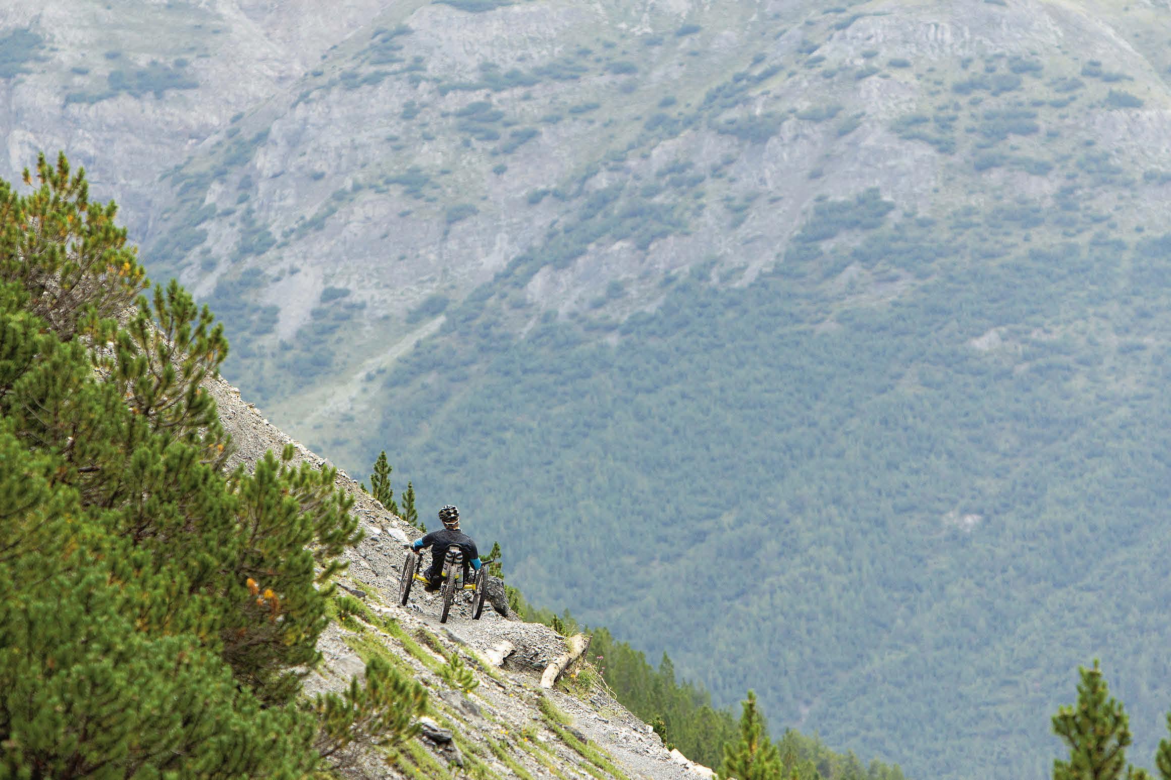 Mit dem Handbike über die Alpen