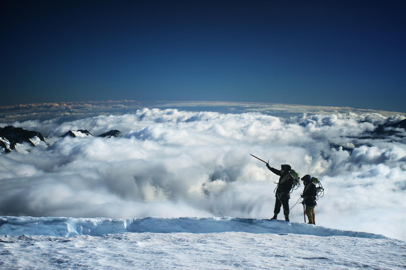 BEYOND THE EDGE 3D - Sir Edmund Hillarys Aufstieg zum Gipfel des Everest