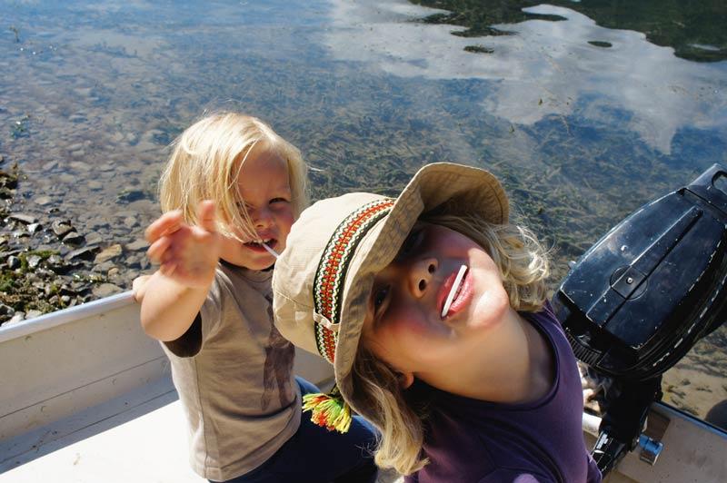 Für Kinder ist eine Bootsfahrt krönender Abschluss einer Wanderung.