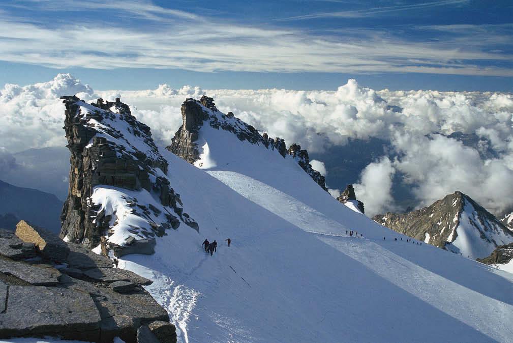 Über den Wolken – es sind noch wenige Meter bis zum höchsten Punkt des Gran Paradiso