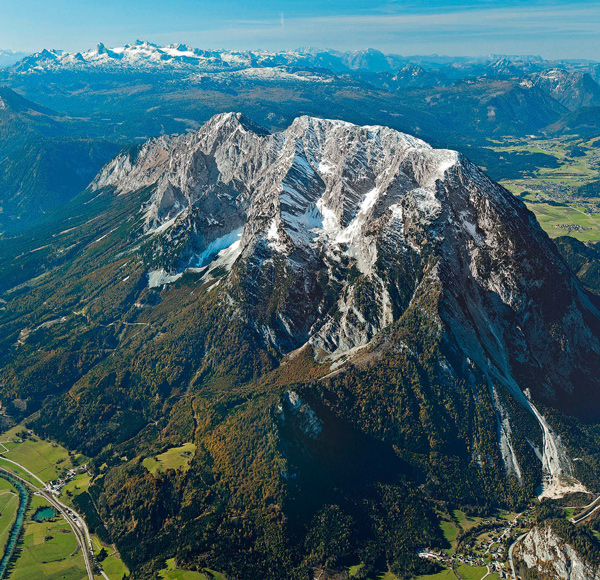 Freistehend zwischen Ennstal und Salzkammergut: der Grimming