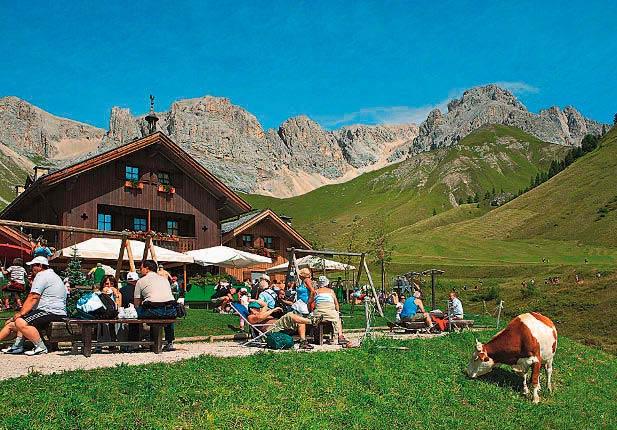 Die Fuciade Hütte verwöhnt ihre Gäste mit köstlichen regionalen Spezialitäten
