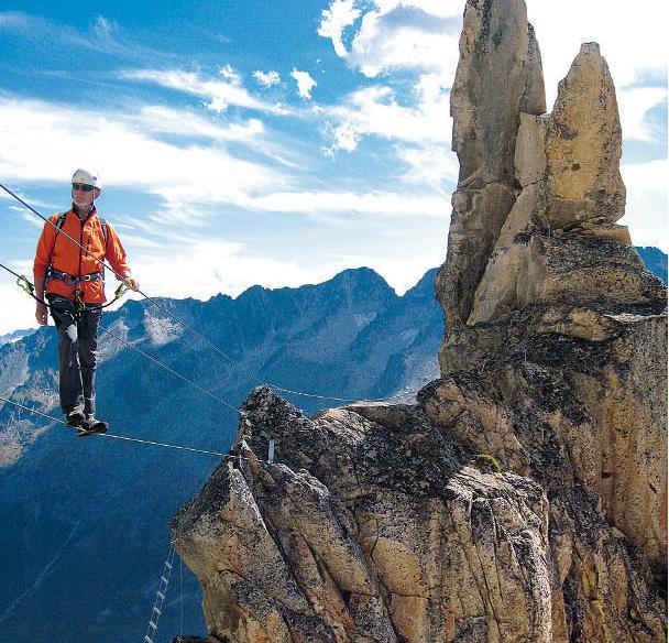 Der Clou am Bergsee-Klettersteig: die Dreiseilbrücke