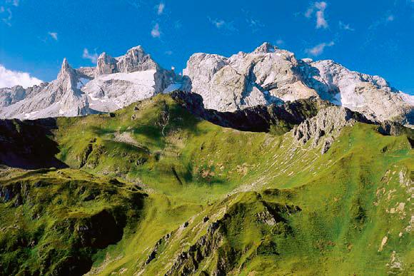 Blick von Hora auf Sulzfluh und Schwarzhorn