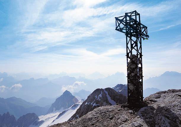 Der Gipfel der Marmolada ist über einen Klettersteig erreichbar