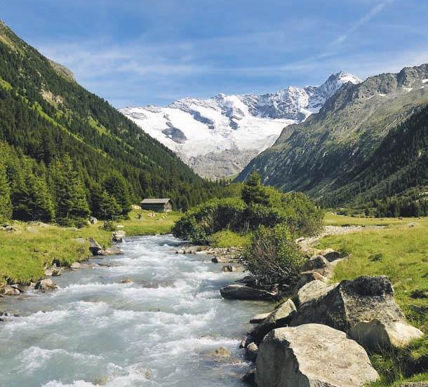 Das Krimmler Achental grenzt den Nationalpark Hohe Tauern nach Westen gegen die Zillertaler Alpen ab