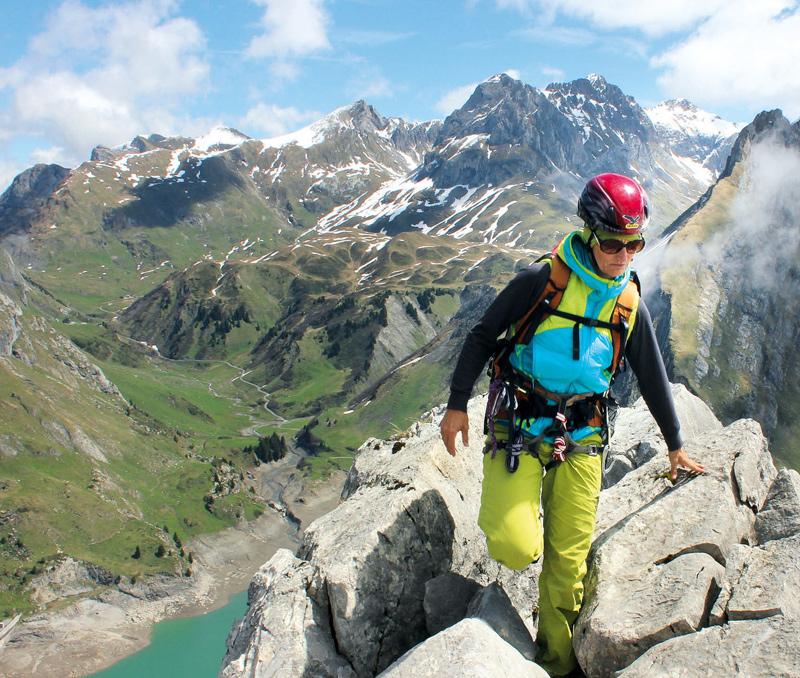 Immer am Grat entlang zum Gipfel der Plattnitzer Jochspitze; hinten der Spullersee