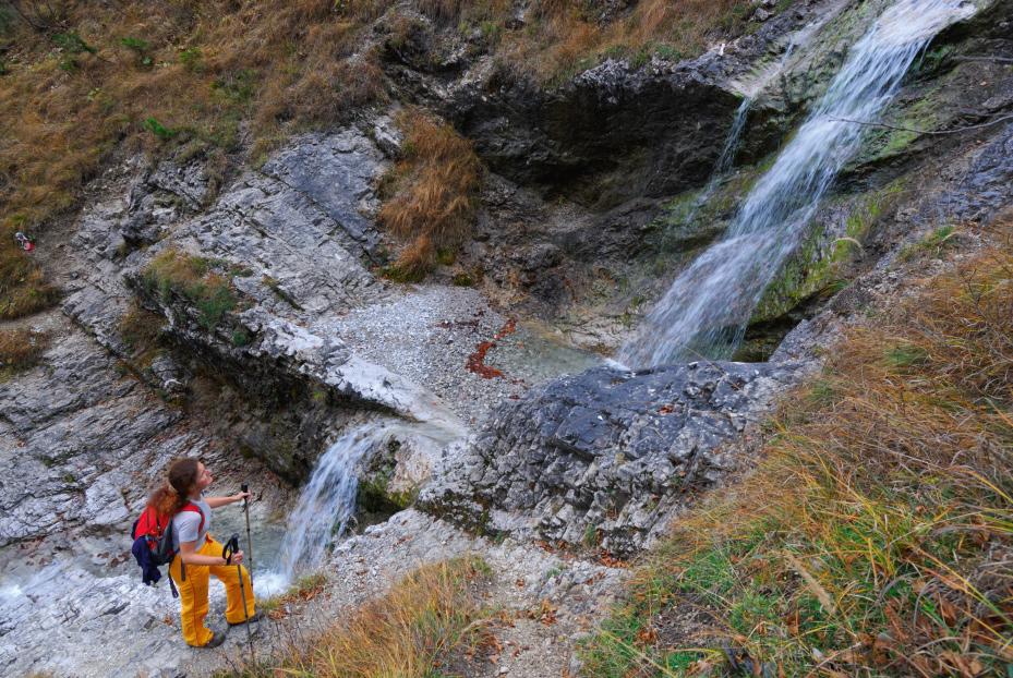 Spannendes Wasserfall-Hopping beim Ansteig zum Schildenstein