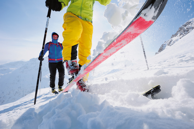 Im BERGSTEIGER Test 03/2015: Skitourenhosen