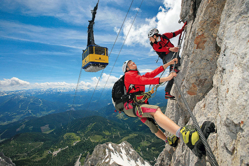 Spektakulär: der Sky-Walk-Klettersteig am Hunerkogel