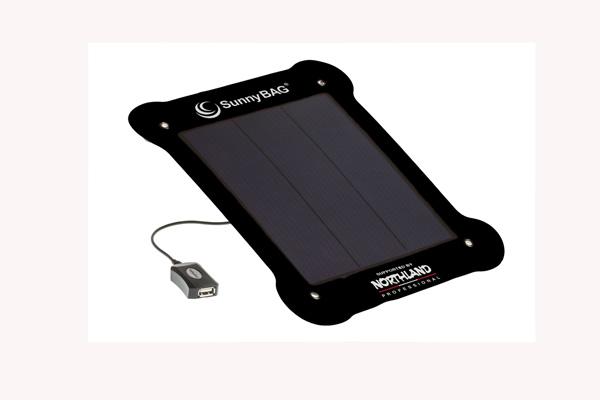 Das SunnyBAG Leaf Solarpanel im Härtetest