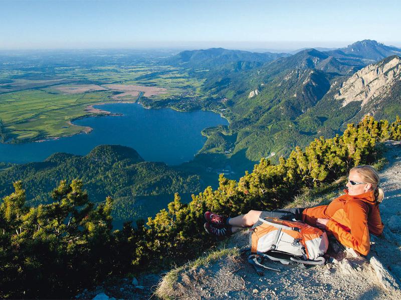 Vom Steilen ins Flache: Herzogstand über dem Kochelsee