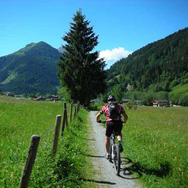 Wer es gemütlich wünscht, auf den warten um Kirchberg Radwanderrouten vom Feinsten, Fotograf: Kurt Exenberger