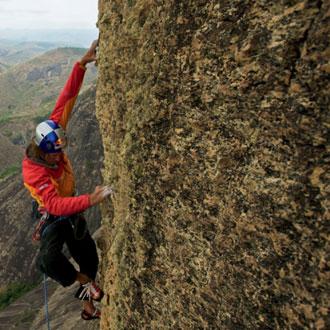 Stefan Glowacz in der 11. Seillänge von »The Place of Happiness«, eine der schönsten Seillängen, die Stefan in seiner Kletterkarriere steigen durfte