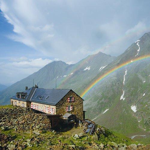 Dem Himmel so nah: Der Fotograf Bernd Ritschel hat die Stimmung auf der Nürnberger Hütte in den Stubaier Alpen eingefangen