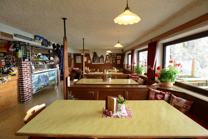 Toni-Demetz-Hütte