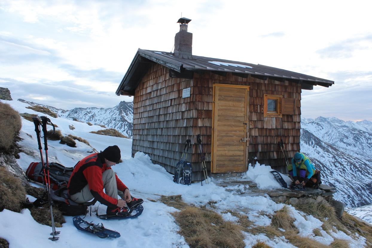 Früher Aufbruch vom Winterraum der Badener Hütte