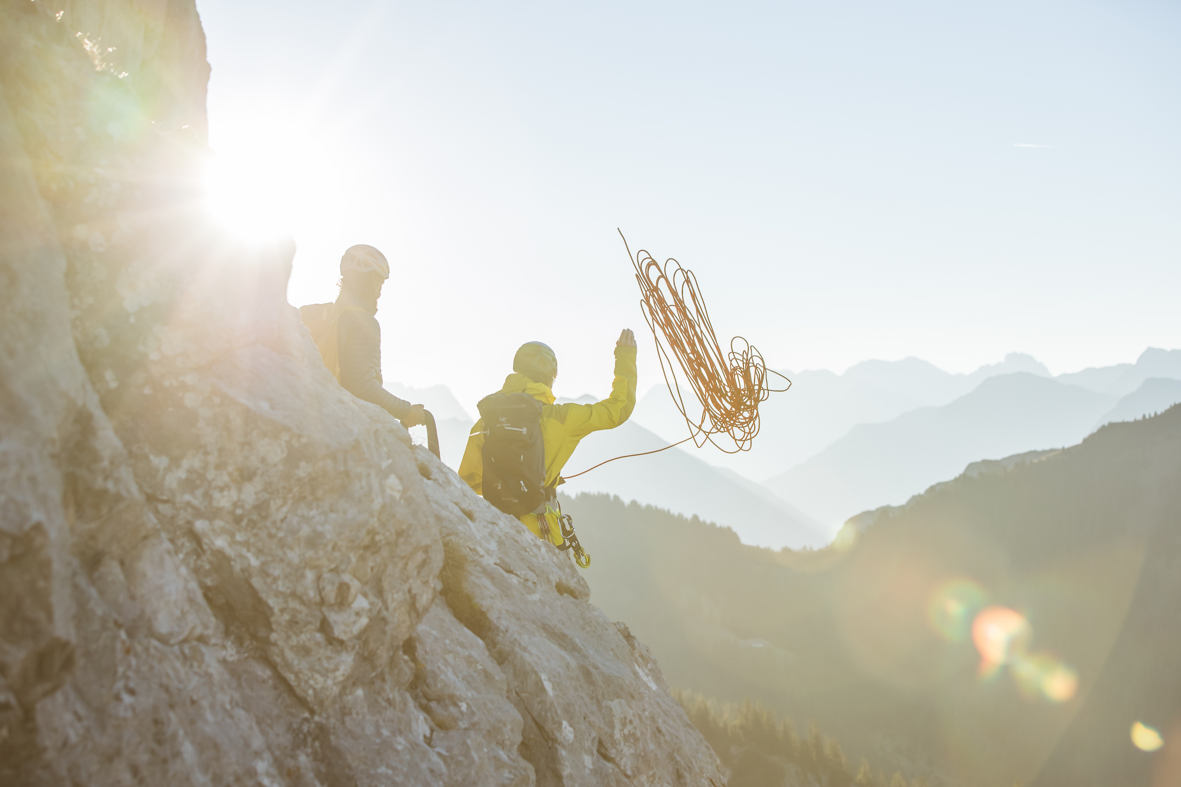 Egal ob beim Klettern im Sommer oder beim Freeriden im Winter, erleben sie unvergessliche Momente mit »Bergzeit Erlebnis« ©Bergzeit