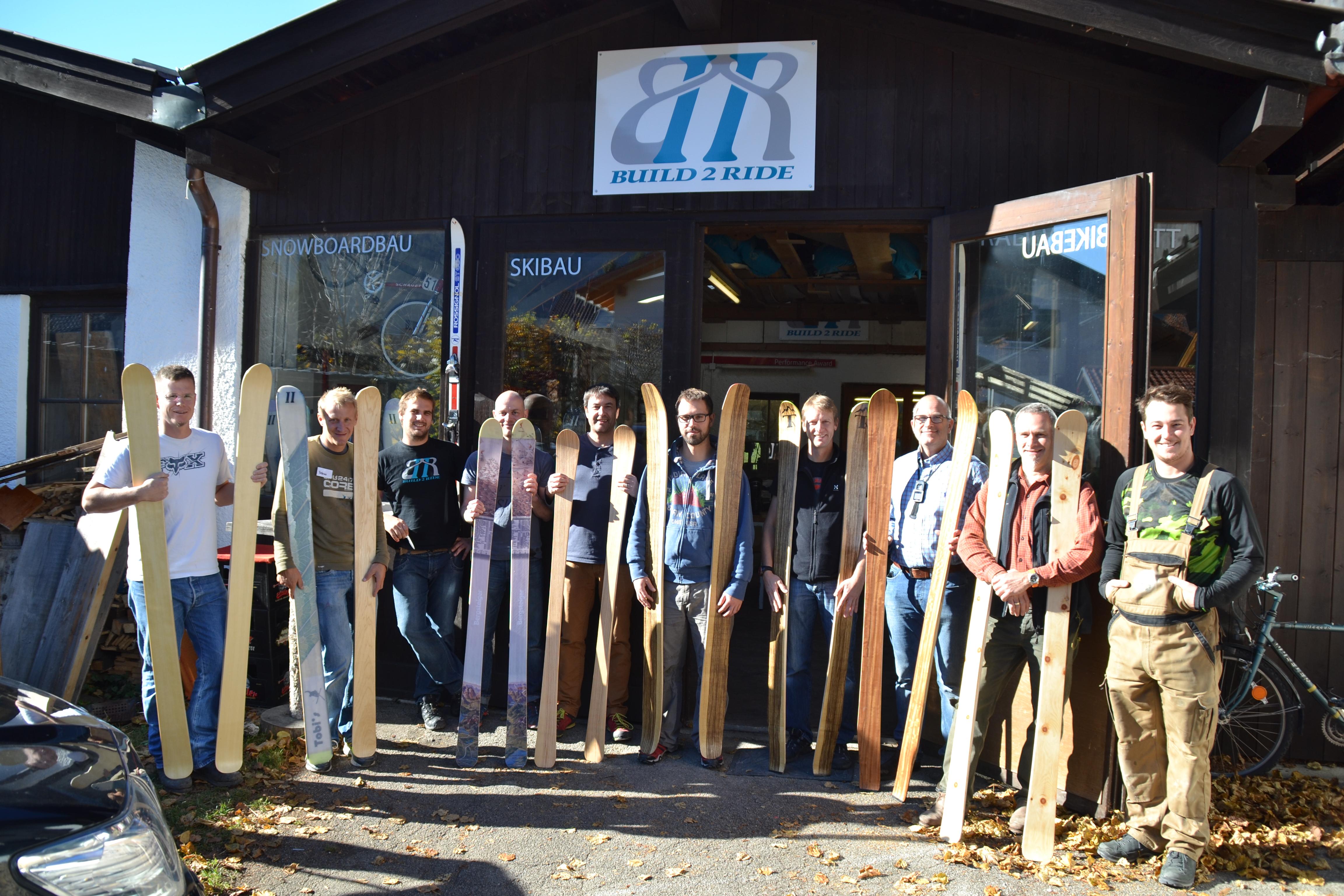In zwei Tagen zum Traumski: Bei Axel Forelle und Florian Baumgärtel von Build 2 Ride geht das.