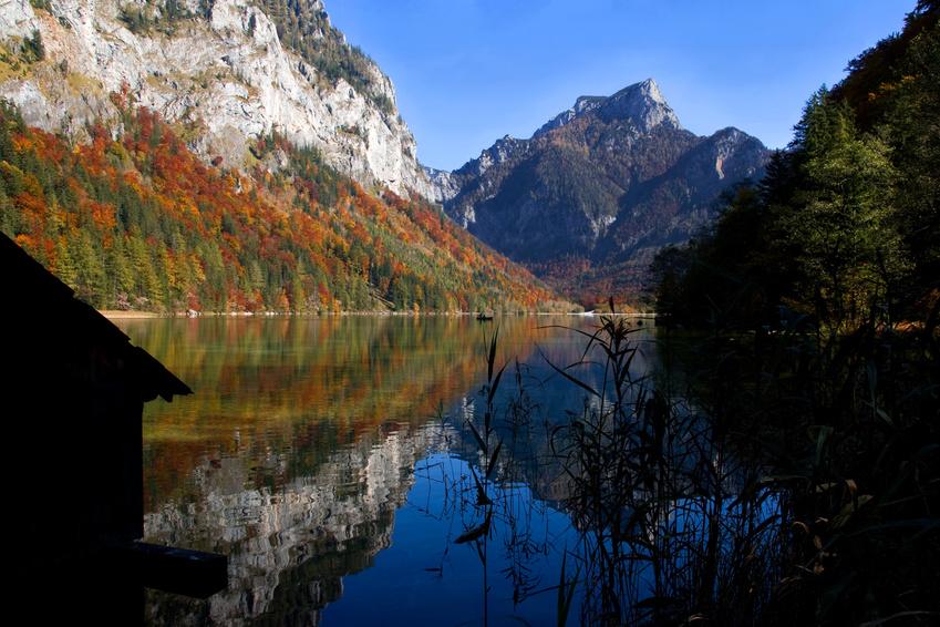 De Leopoldsteiner See tief unter dem Franz-Joseph-Klettersteig