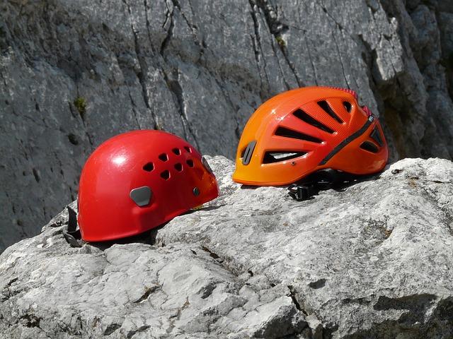 Klettergurt Baumpflege Test : Haupt sache geschützt kletterhelme im test bergsteiger magazin