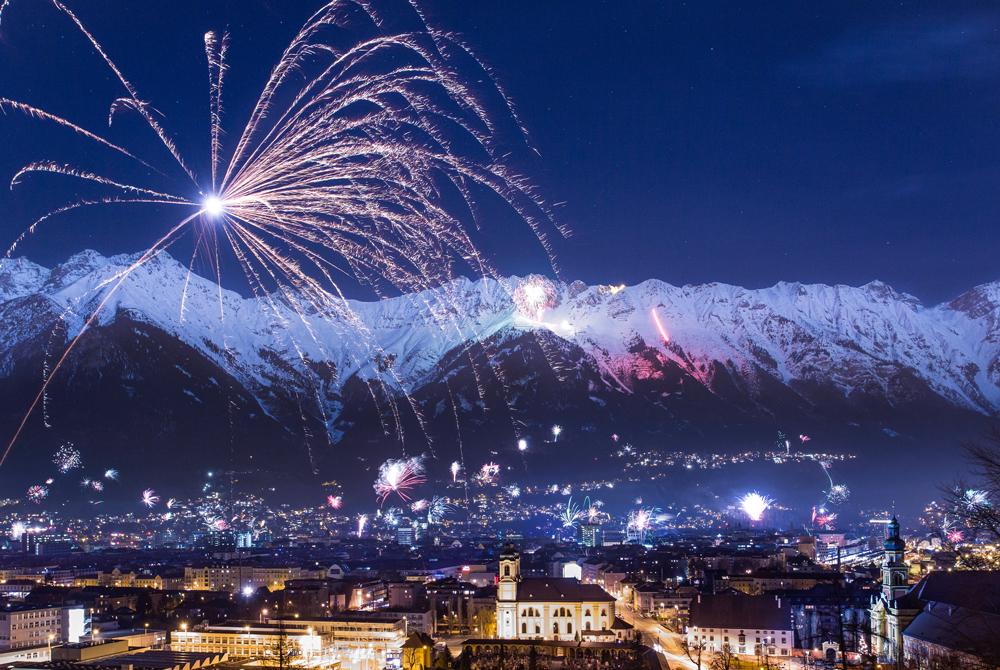 Silvester-Feuerwerk über Innsbruck
