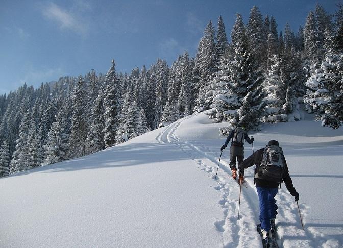 Klettergurt Skitour : Skitour: die richtige vorbereitung bergsteiger magazin
