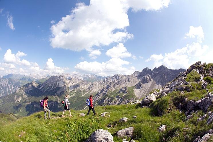 Gipfelsammeln an der Grenze: Von der Kanzelwand über die Hammerspitzen ins Wildental