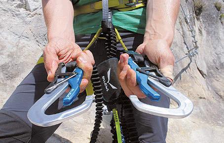 Klettersteigset Empfehlung : Klettersteigsets das sollten sie wissen bergsteiger magazin