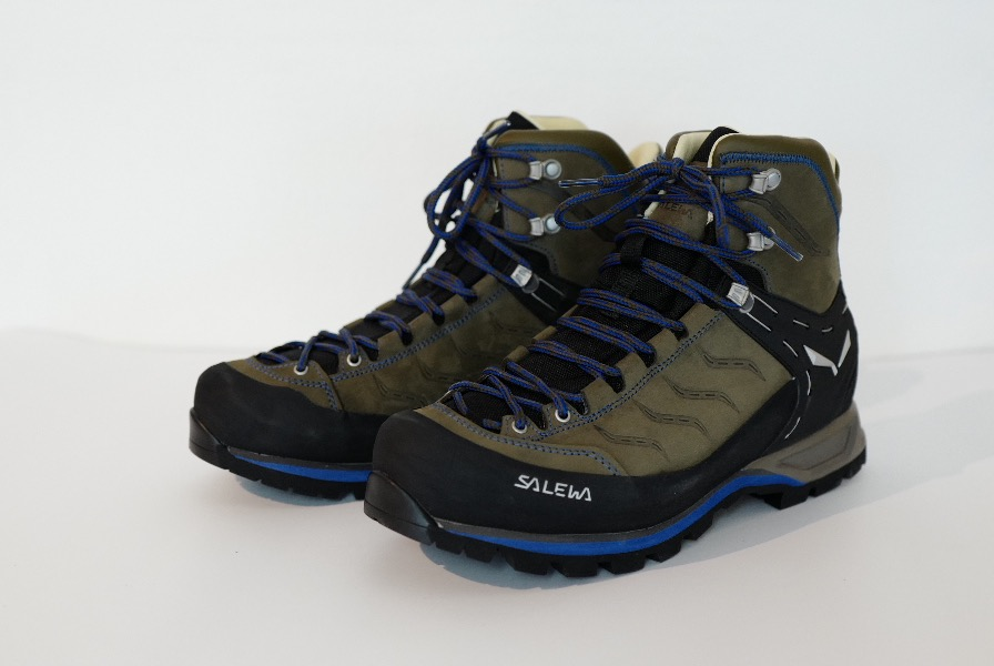 Im Bergsteiger Test 08/16: SALEWA MS MNT Trainer Mid L