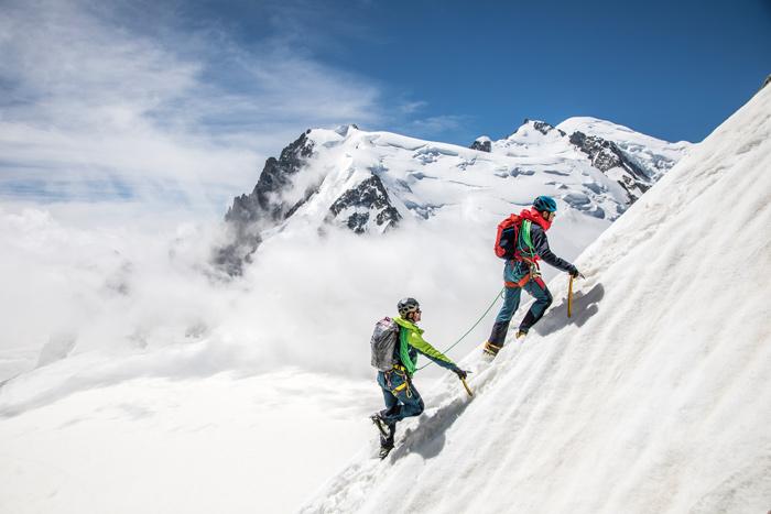 Wir haben 12 steigeisenfeste Bergstiefel für Sie getestet.