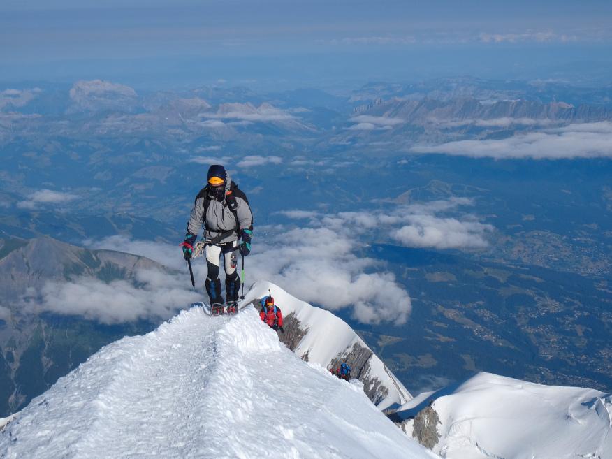 Ziemlich fertig: auf den letzten von 3800 Höhenmetern zwischen Arvental und Gipfel