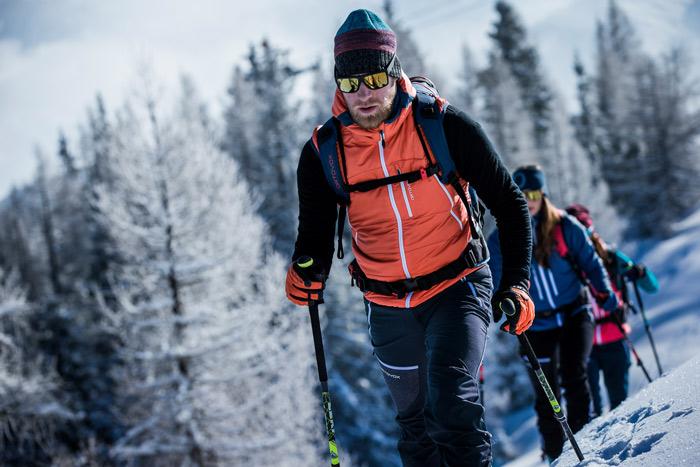 Ärmellos glücklich: Mit Weste auf Skitour