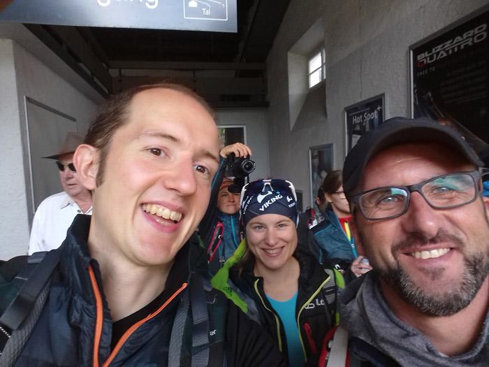 Neue Bergfreundschaften: Pieter Carpentier aus Belgien mit Ina und Robert beim Bergsteiger Wandertag