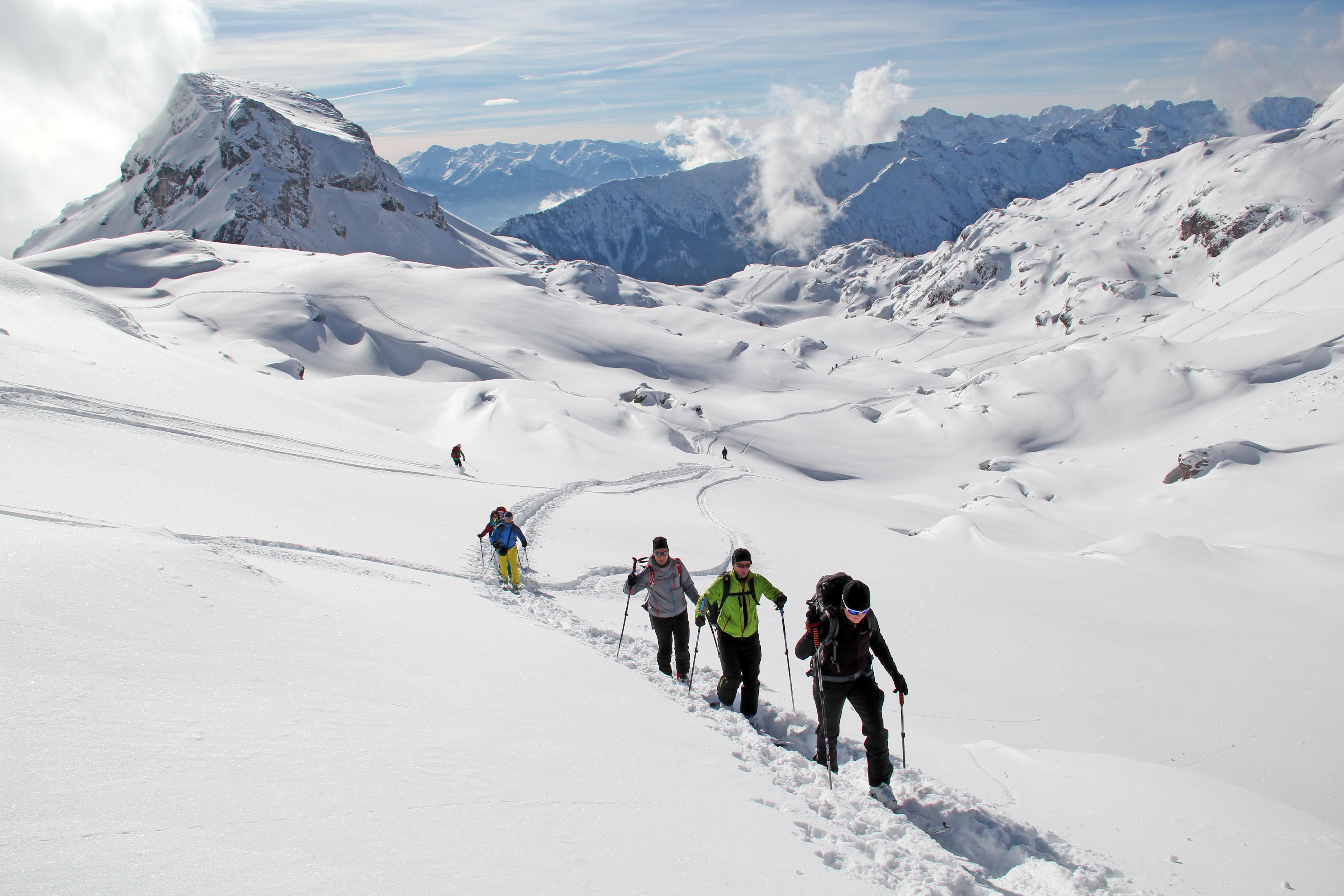 Auch für Langschläfer: Skitouren im Rofangebirge