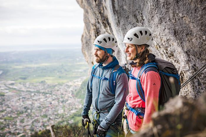 Bestens ausgerüstet in die Klettersteig-Saison