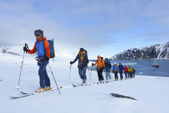 Vom Salzwasser auf direkt auf den Schnee und die Ski