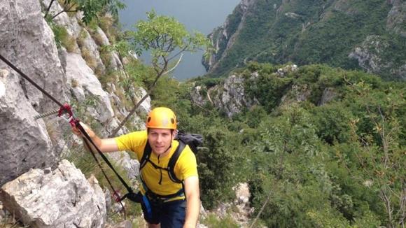 Klettersteigset Worauf Achten : Klettersteig ausrüstung bergsteiger magazin