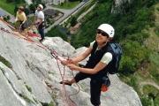 Klettergurt Brustgurt Verbinden : Einbinden am klettergurt bergsteiger magazin