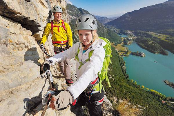 Klettergurt Kind Decathlon : 12 klettersteig sets im test bergsteiger magazin